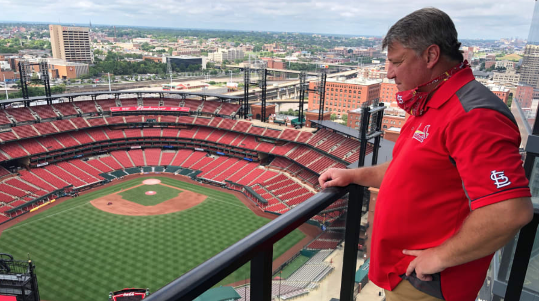 With no fans at baseball games, the best seats in the house are at these luxury rentals near stadiums